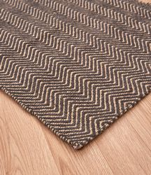 Ives Modern Rug Chocolate Rug