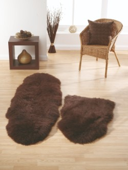 SheepSkins Hug Chocolate Rug