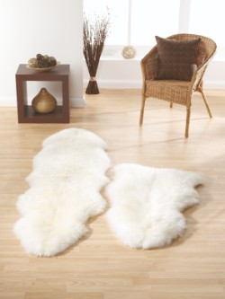 SheepSkins Hug Natural Rug