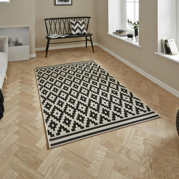 Cottage CT5581 Ivory Black Rug