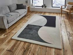 Michelle Collins Rugs