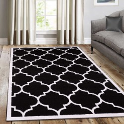 Trendy Black With Border Rug