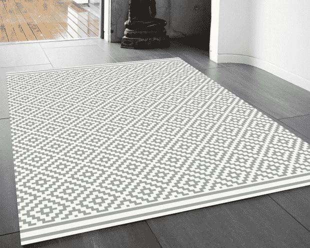 Washable kitchen rug